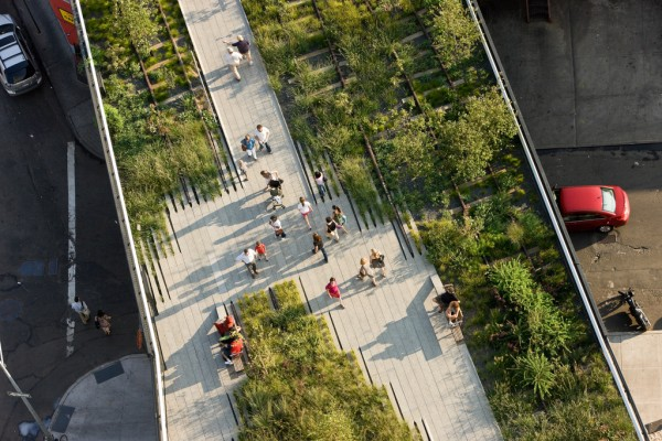 Stroll along the beautiful Highline, a public park built on a freight rail line elevated above blocks of Manhattan&#039;s West Side.
