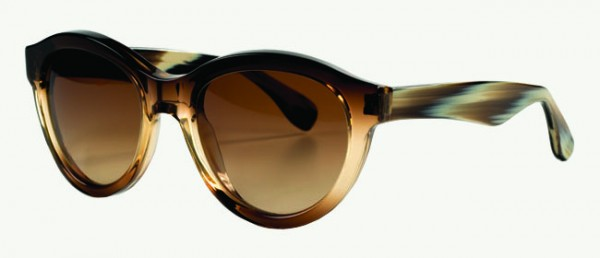 Vera Wang Eyewear | Style: Vespera